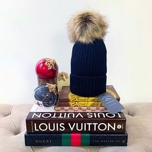 Faux Fur Pompom Ribbed Beanie Hat In Black & Brown